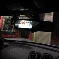 アルファロメオ 4C 常時点灯ルームミラーモニターお取付でクリアな後方視界に!