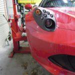 ABARTH500のブレーキキャリパーを赤色に塗装させていただきました!