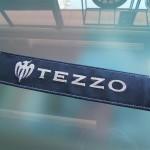 TEZZO 本革シートベルトパッド(アルカンタグ付き)をデモカーに取り付け!