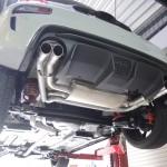 アバルト595 大口径大迫力の新規制車検対応マフラー装着